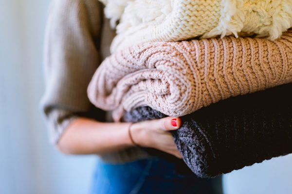 Carrying woollen jumpers | Total Wardrobe Care