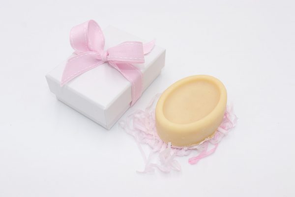 goats milk soap and gift box